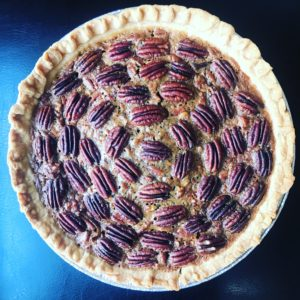 Papas Pecan Pie || Camp Brighton | Easy Thanksgiving Desserts. Pie is love.