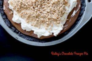 Bailey's Chocolate Freezer Pie || Erin Brighton | gluten free | dessert | no bake | Baileys | Heath Bar