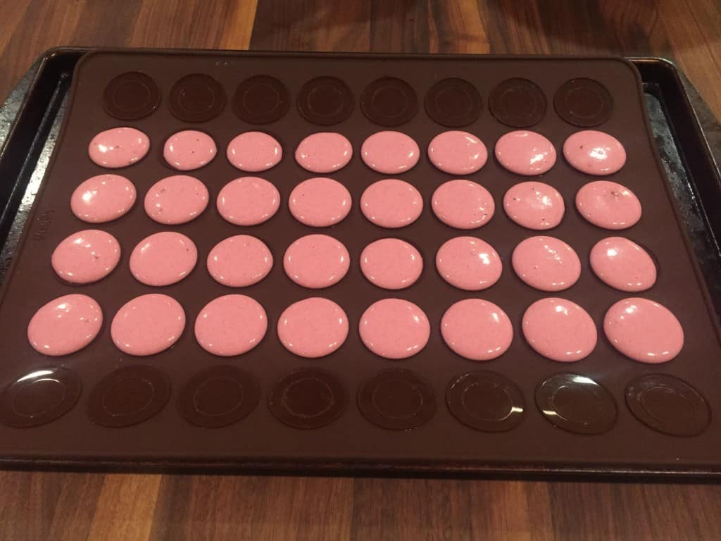 Easy Macarons Pink
