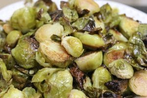 Lemon and Garlic Roasted Brussels Sprouts || Erin Brighton | gluten free | vegetarian | vegan | easy side dishes | recipes